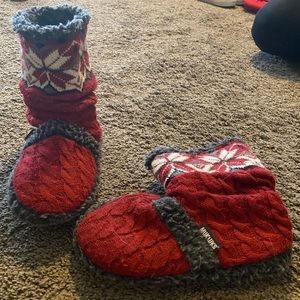 Mukluk knit bootie slipper